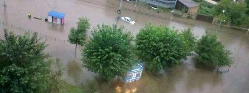 Через небувалий потоп у російському Красноярську – йде евакуація людей