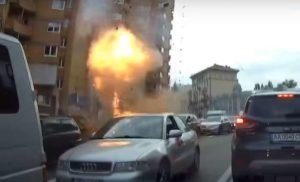 З'явилось відео із відеореєстратора моменту вибуху авто на Бесарабці в Києві