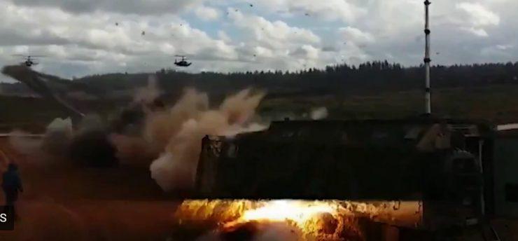 """Російські ЗМІ не дивлячись на заяви Міноборони РФ стверджує, що постраждалі через пуск ракети з вертольота на навчаннях """"Захід-2017"""""""