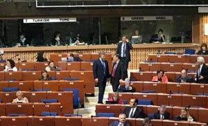 Шокуюче рішення ПАРЄ, депутати проголосували за резолюцію, що передбачає зняття політичних санкцій із РФ