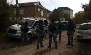 """Російські окупанти в Криму затримали вже 23 людини у справі """"Хізб ут-Тахрір"""""""