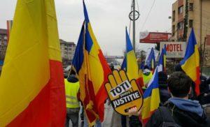 В центрі Бухареста великі антиурядові протести проти реформи юстиції