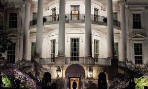 США висилають 60 російських дипломатів і закривають консульство РФ