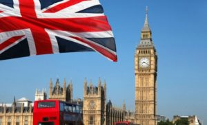 Вислані російські дипломати залишили посольство в Лондоні