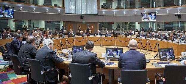 Як зберегти Україну на шляху реформ: непублічна доповідь країн-членів ЄС