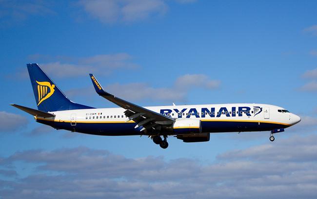 Ryanair літатиме за 15 напрямками з України