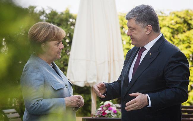 Порошенко 9 травня зустрінеться у Німеччині з Меркель та Макроном