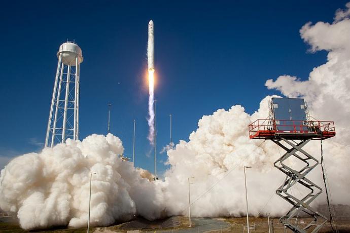 У США запустили ракету-носій Antares, частково виготовлену в Україні