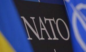 Угорщина домовляється із США, щоби натиснути на Україну в НАТО