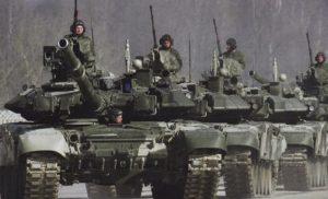 Окупанти активно підводять танки і артилерію до лінії фронту, – штаб