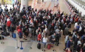 В парламенті внесли пропозицію ввести компенсації пасажирам за затримки авіарейсів