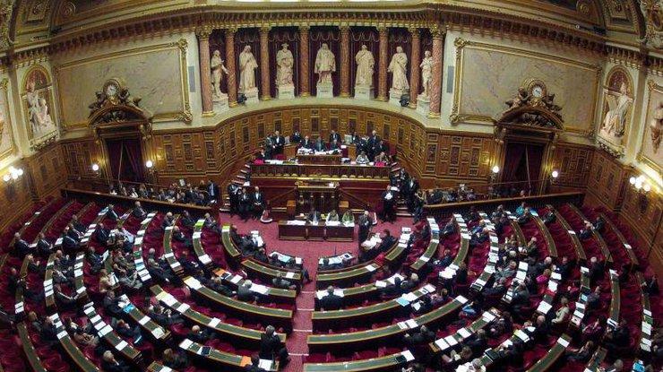 Французькі депутати ухвали закон проти фейків