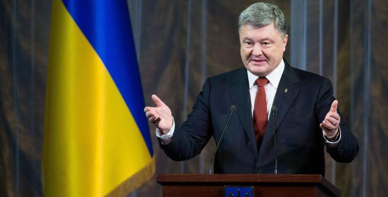 Порошенко повідомив, що новий закон про нацбезпеку отримав підтримку всіх партнерів по НАТО