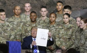 Трамп розкритикував положення щодо Криму та Росії в оборонному бюджеті США