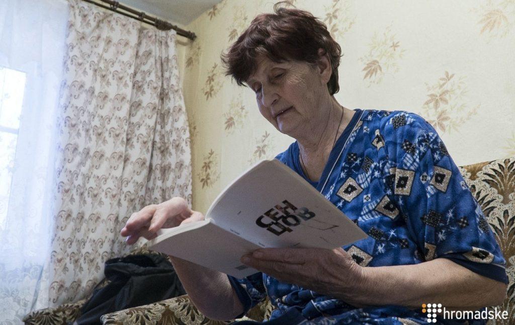 Мати Сенцова через адвоката відправила клопотання про помилування сина