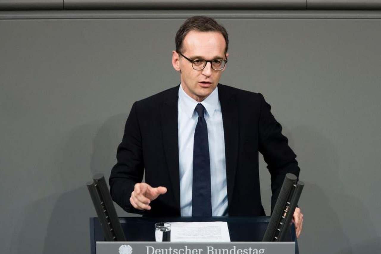 МЗС Німеччини через чотири роки війни на Донбасі офіційно заявило, що конфлікт би давно закінчився якби не Росія