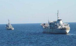 Ситуація загострилась, в Кремлі занервували: військові кораблі України увійшли до Керченскої протоки
