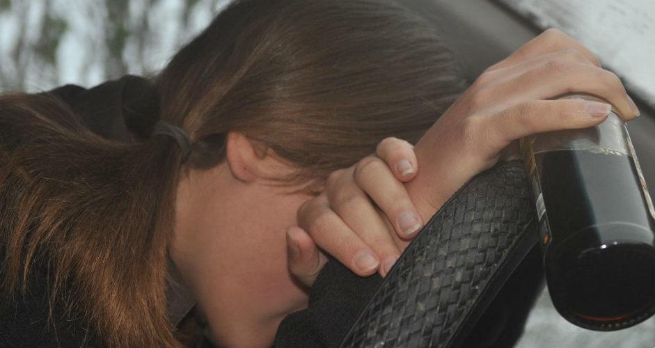 У Львові поліція затримала п'яну жінку, яка везла у багажнику трьох дітей