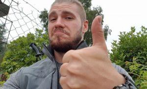 Дніпровський суд закрив справу против відомого АТОшника та блогера Ананьева