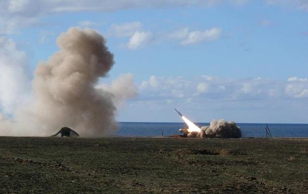 Україна почала ракетні стрільби біля Криму