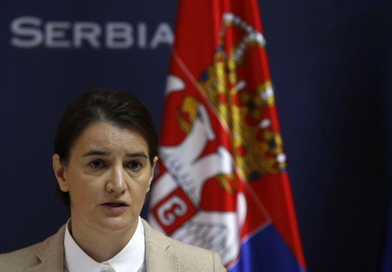 Уряд Сербії через формування власної армії в Косово - погрожує ввести війська