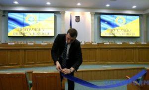 Комітет виборців України заявив, що не може зареєструвати Симоненка кандидатом від комуністів