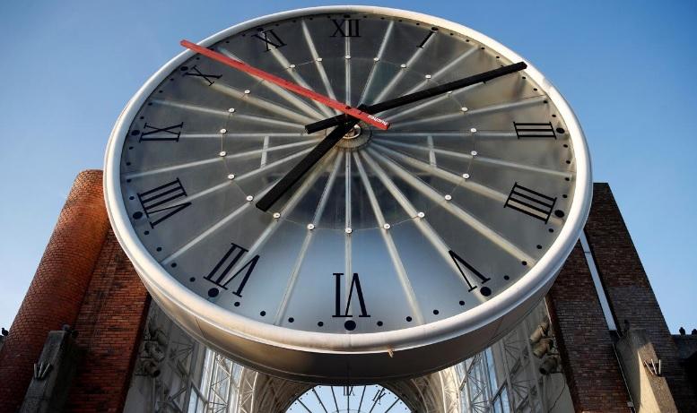 В ЄС вирішили підтримати відмову від переведення годинників
