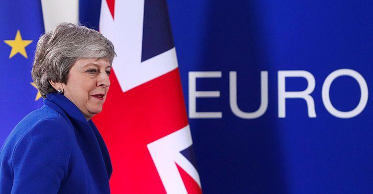"""Британський премьер Мей заявила, що попри відтермінування підготовка до """"жорсткого"""" Brexit триватиме"""
