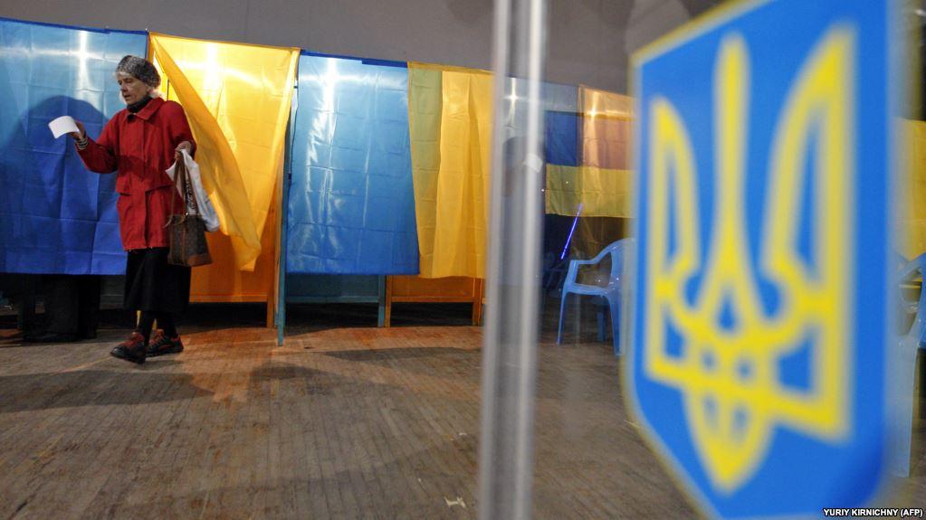 Згідно даних ЦВК, найбільш активно на голосували у Львівській області, найменше - на Закарпатті