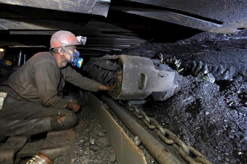 НП на шахті у Красноармійську: постраждали гірники, один загинув