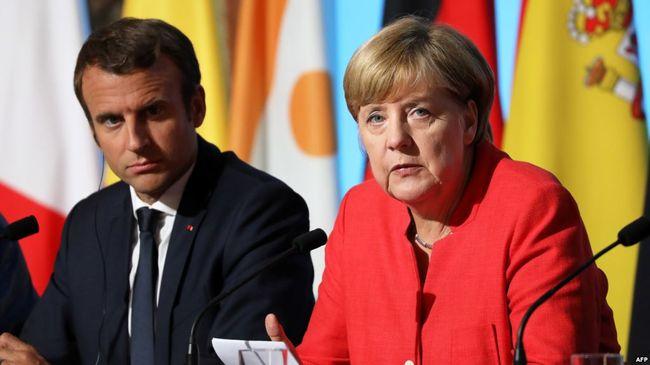 """Уряд Німеччини та Франції звинуватили Росію в порушенні """"Мінська"""" через паспорти"""