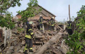 У Маріуполі через вибух знесло частину житлового будинку