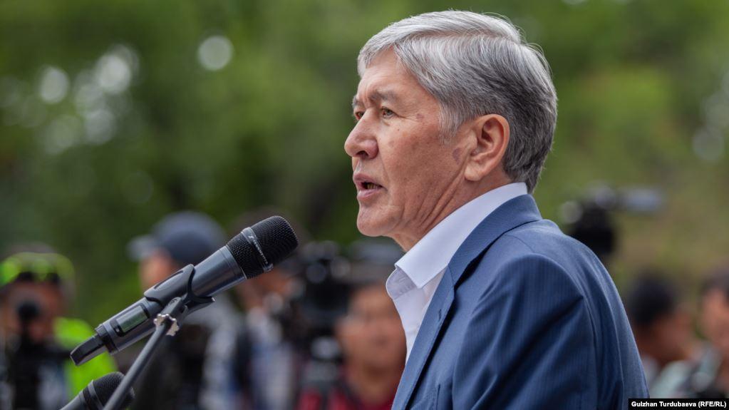 Спецпризначинці Киргизстану штурмують будинок екс прещидента: є поранені (ВІДЕО)