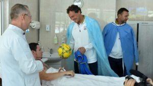 Футболісти національної збірної України відвідали важкопоранених бійців