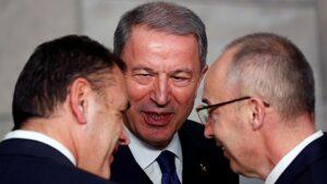 Туреччина повідомляла РФ про місця дислокації своїх військових в Ідлібі, - Міністр оборони