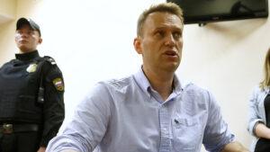 Навальний збирається повернутися до Росії, - ЗМІ