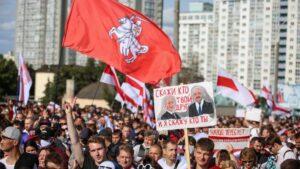Лукашенко прибув у Сочі на зустріч з Путіним