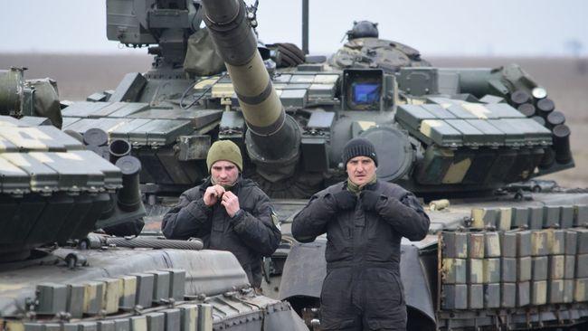 Окупанти нарощують пропаганду та переміщують озброєння біля лінії розмежування