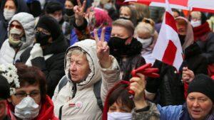 Стало відомо, скількох людей затримали у Білорусі за останній місяць