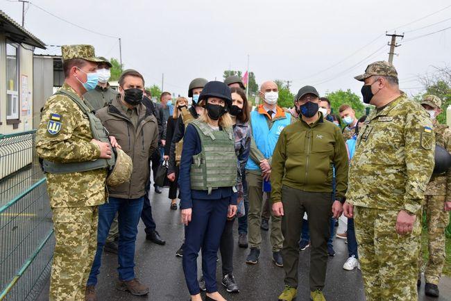 Прем'єр-міністр Естонії відвідала Луганщину
