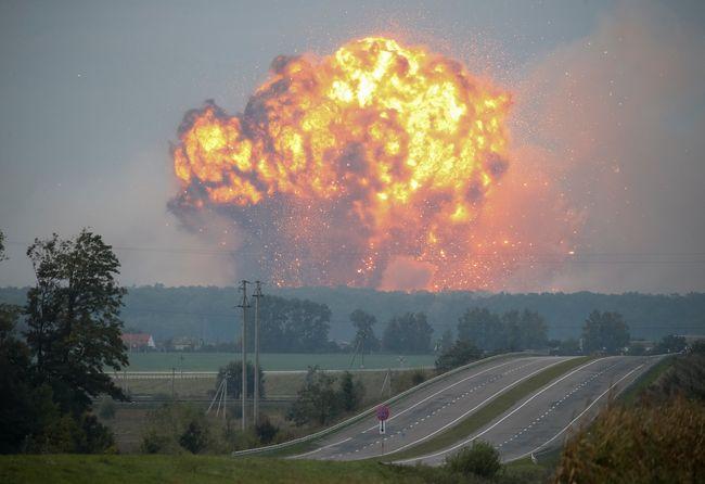 Російське ГРУ може бути причетним до вибухів на військових складах в Україні, – розслідування Bellingcat