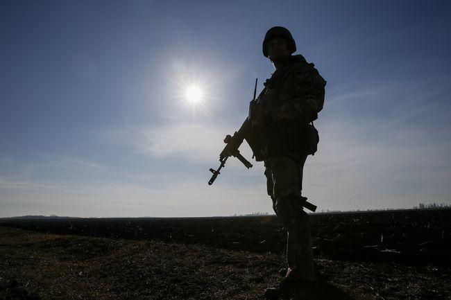 Уряд пропонує спростити надання громадянства іноземним бійцям ООС