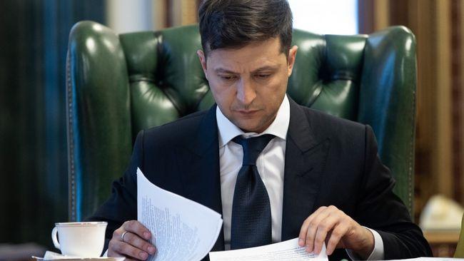Зеленський вніс до Ради законопроект про олігархів