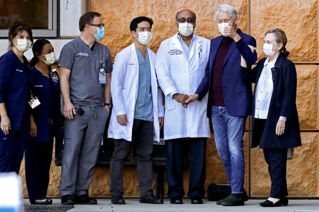 Білла Клінтона виписали з лікарні в США